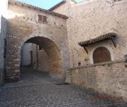 Cerreto Sp.- porta della via Cerretana (Rossano Coaccioli)